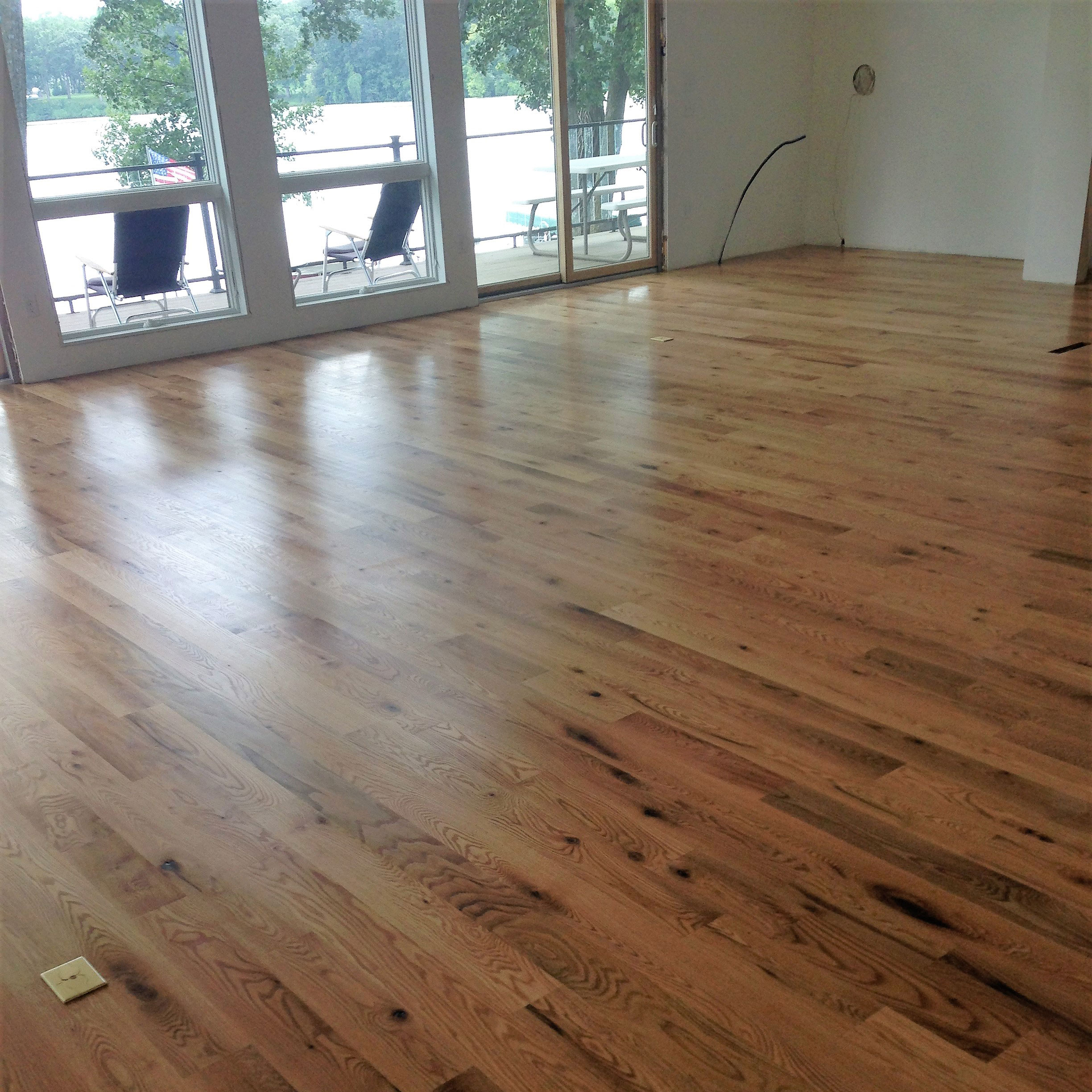 Refinishing hardwood floors sanding and refinishing old for Hardwood floors quality